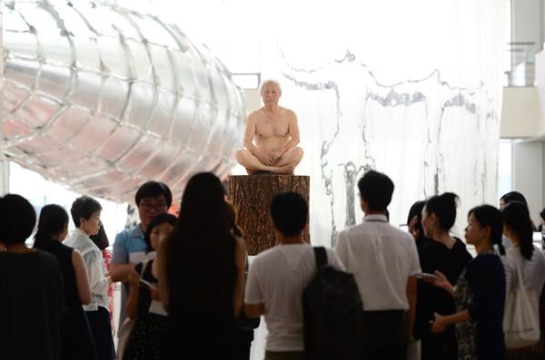 영국에서 만난 괴짜 전위예술가, 김구림 화백